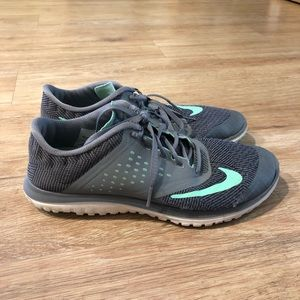 Nike Running/Athletic Shoes
